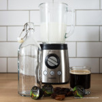 Kawa na mleku z nerkowców — wegańska kawa bez rafinowanego cukru