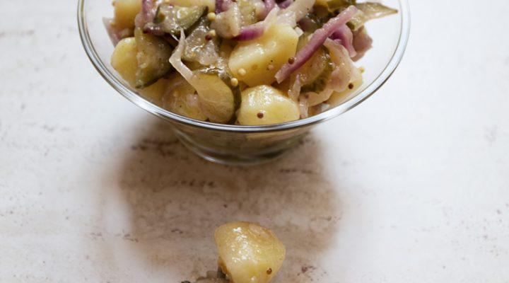 Letnia sałatka ziemniaczana