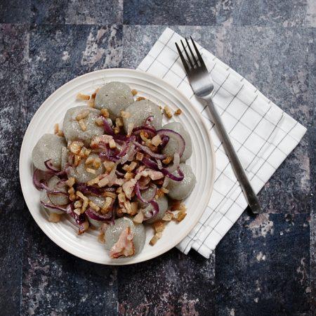 Jak zrobić domowe pyzy – czyli ziemniaki do potęgi trzeciej