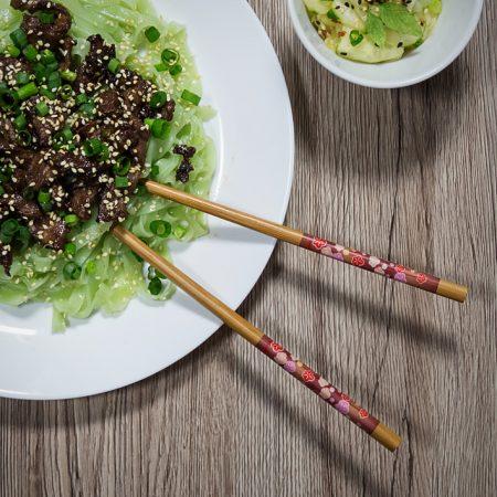 Koreańska wołowina w stylu BBQ – bulgogi, plus szybkie pikle we Wschodnim stylu
