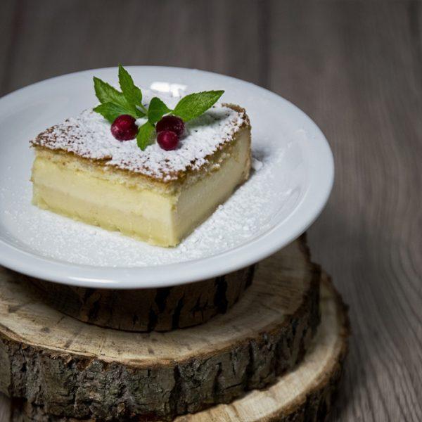 'Magiczne ciasto' – jedno ciasto, po upieczeniu – trzy różne warstwy!