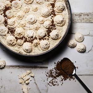 Tort kawowo-bezowy.  Bez glutenu, bez pieczenia