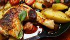 Sałatka ziemniaczana z filecikami anchois i zielonym winegretem