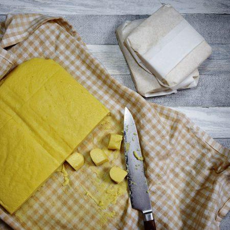 Birmańskie tofu z ciecierzycy – na dwa sposoby