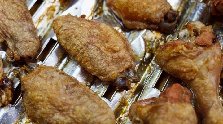 Skrzydełka z kurczaka – bez tłuszczu, pieczone, totalnie chrupiące