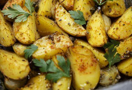 Ziemniaki po grecku – dodatek do obiadu