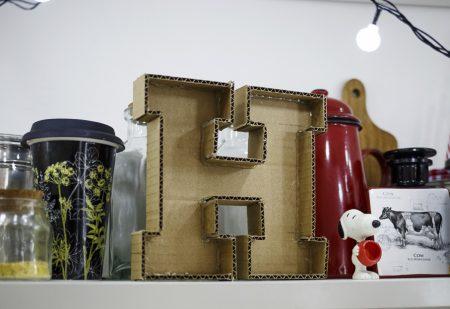 Litery markizowe – marquee letters. Recycling kartonu na domowe ozdoby, cz.I