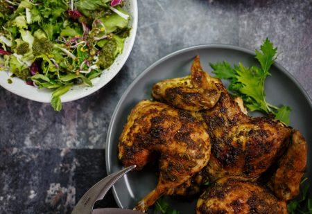 Kurczak marynowany i pieczony w sosie chimichurri