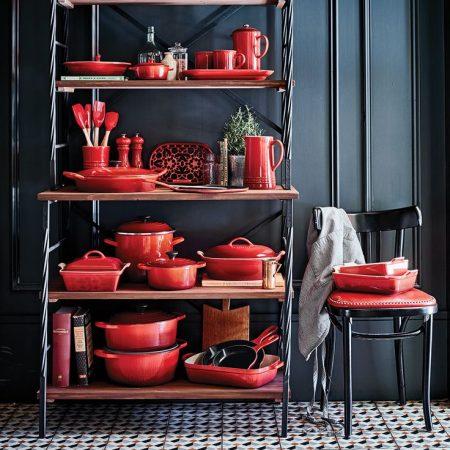 Naczynia żeliwne – jak gotować w garnkach żeliwnych i jak o nie dbać