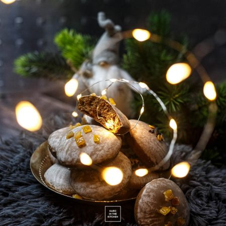 Szybkie i miękkie pierniczki drożdżowe – z glazurą jak pierniczki Toruńskie