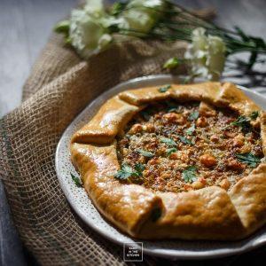 Galette – ciasto kruche na oliwie – z serem, cebulą i porem