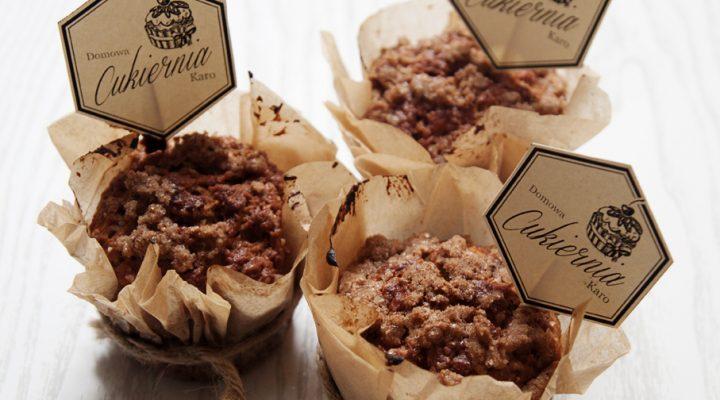 Marchewkowo-jabłkowe muffinki z cynamonową kruszonką