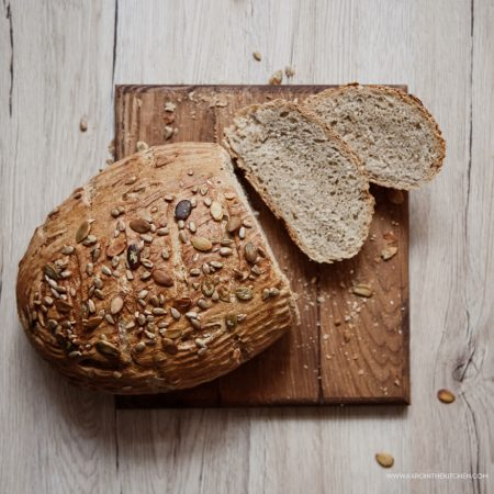 Chleb słonecznikowy z gotowej mieszanki