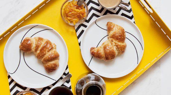 Ciasto duńskie. Świeże croissanty – śniadanie do łóżka