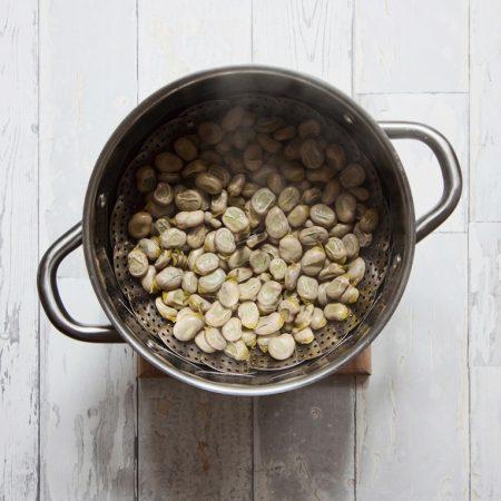 Młody bób – gotowany na parze