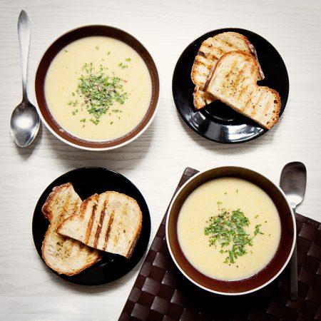 Szybka zupa-krem z selera. Z selerów dwóch