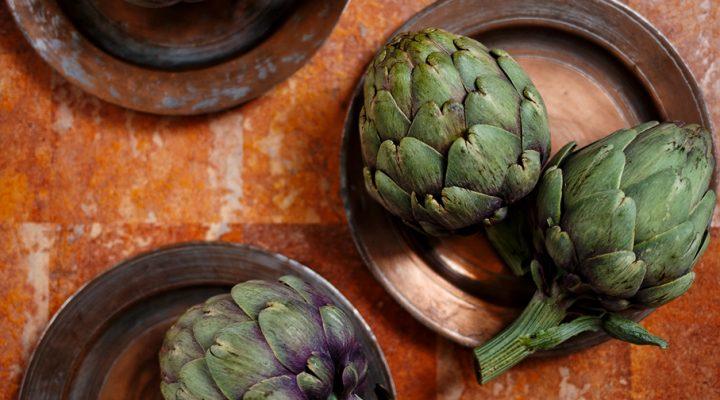 Karczochy – jak je wybrać, przechowywać i przygotować na parze lub grillu