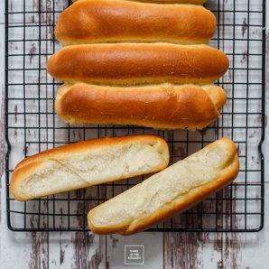 Bułki do hot dogów w stylu New England – wytrzymałe, miękkie i puszyste