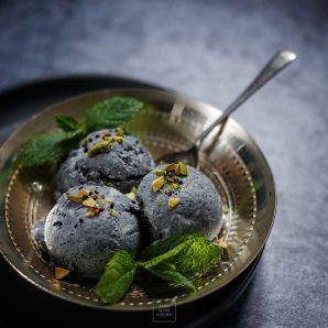 Szare japońskie lody sezamowe – bez maszynki, bez jajek, bez gotowania