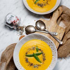 Zupa krem marchewkowa z masłem orzechowym